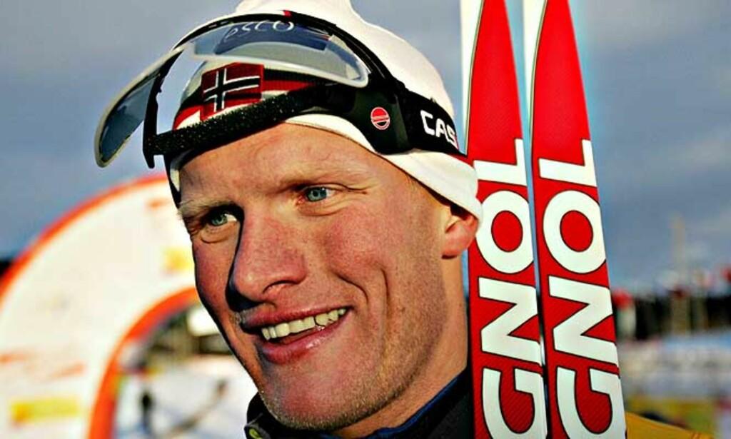 BARE TREDJEPLASS: Norge kan ikke innkassere noen stafettseire på herresiden, og selv om Tor Arne Hetland vant i stor stil i går, kunne han ikke hjelpe Norge til triumf i dagens herrestafett over 4x10 km. Foto: SCANPIX