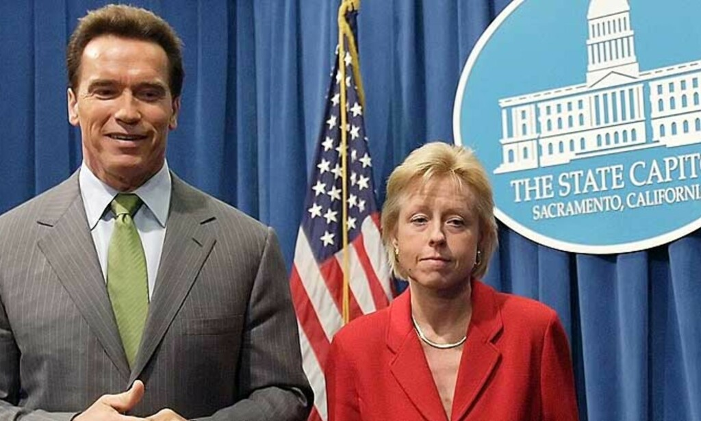I FERD MED Å BLI UPOPULÆR: Schwarzenegger har skapt uro i det republikanske partiet, særlig etter at han utnevnte Susan P. Kennedy (t.h.), en demokrat, til sjef for sin stab. Foto: Kimberly White/Reuters