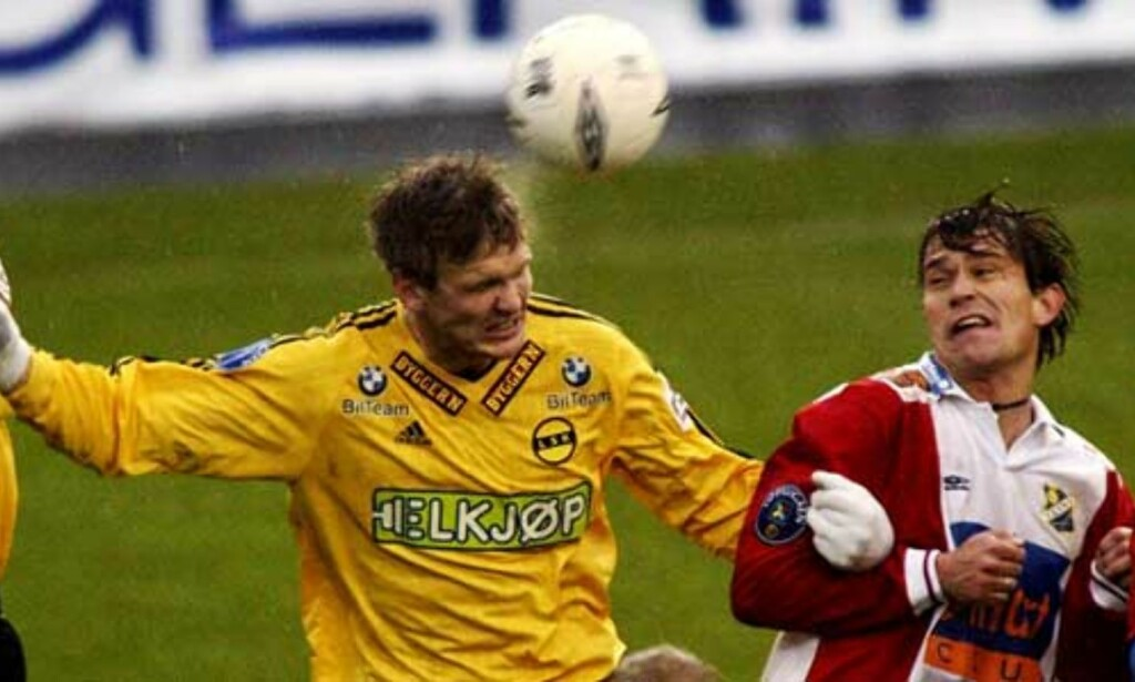 FRA LSK TIL LYN: Torgeir Bjarmann (t.v) står med 306 LSK-kamper. Her mot Lyn i 2003-sesongen. Foto: Daniel Sannum Lauten