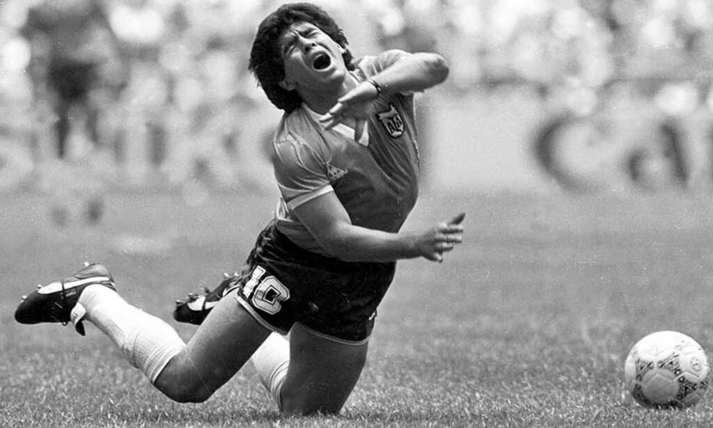 TILBAKE? Får vi se Maradona tilbake på fotballbanen igjen? Foto: Reuters/Scanpix