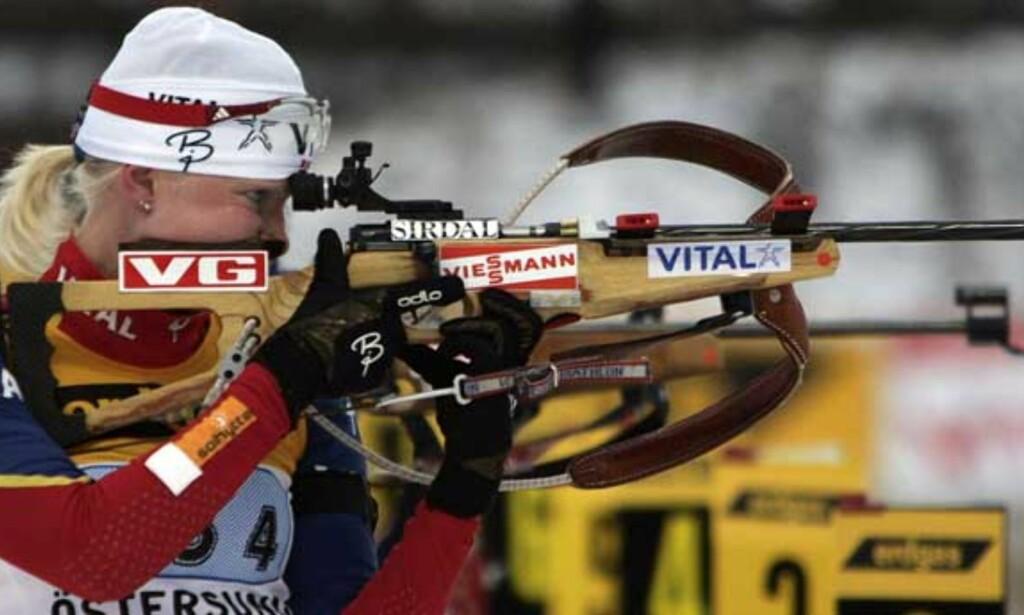 SIKKER PÅ STANDPLASS: Linda Tjørhom skjøt feilfritt og ble beste norske. Foto: SCANPIX