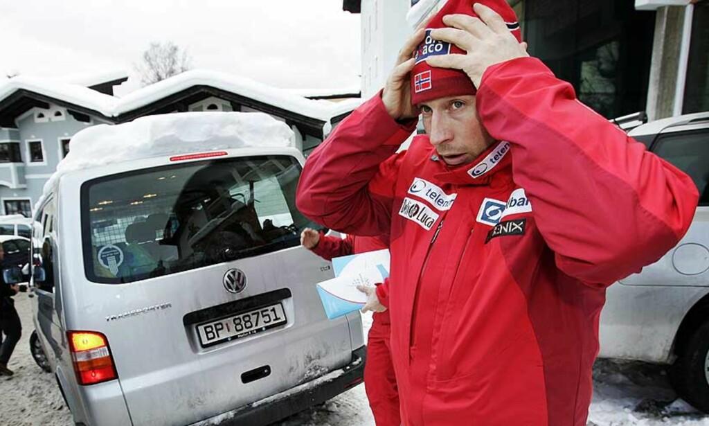 UTSLITT: Syk og frustrert, reiste Lasse Kjus hjem fra Kitzbühel i går. I følge landslagssjef Marius Arnesen er Kjus veldig nedbrutt. Foto: Scanpix