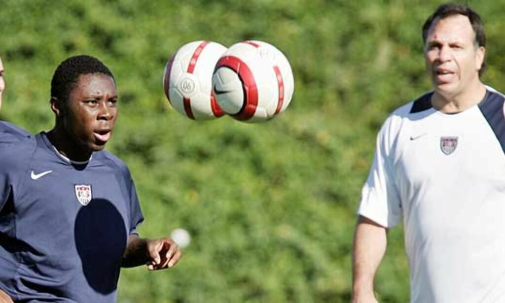 VIL TIL TYSKLAND: 16 år gamle Freddy Adu kobles stadig til europeiske storklubber. Derfor er det viktig for ham å få vist seg fram i sommerens VM-sluttspill. Foto: Scanpix