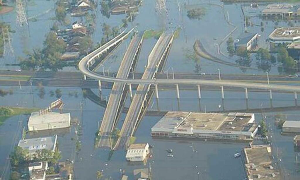 OVERSVØMMELSE: Slik så det ut i New Orleans etter at orkanen Katrina hadde herjet byen. Arkvifoto: Espen Jensen