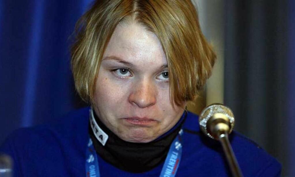 LEI SEG: Kajsa Varis ble utestengt i to år etter å ha testet positivt på EPO under ski-VM i 2003. Nå er hun tilbake i skisporet, men kommer ikke til OL og er igjen dopingmistenkt. Foto: EPA/Scanpix