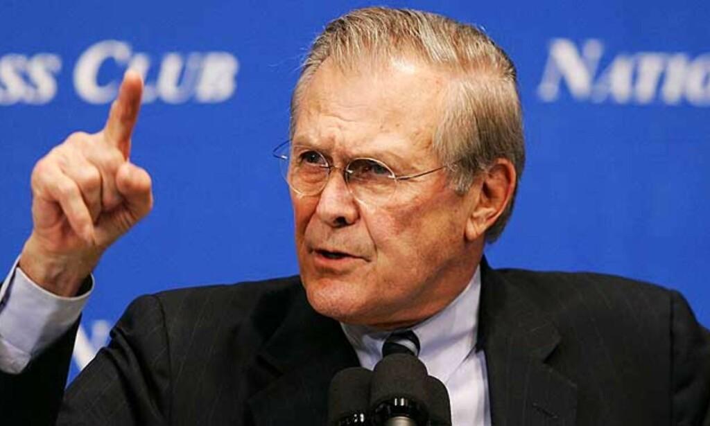 TROR PÅ LANG KRIG: Forsvarsminister Donald Rumsfeld får mye penger å bruke i 2007. I dag manet han til langvarig kamp mot terrorismen. Foto: Scanpix