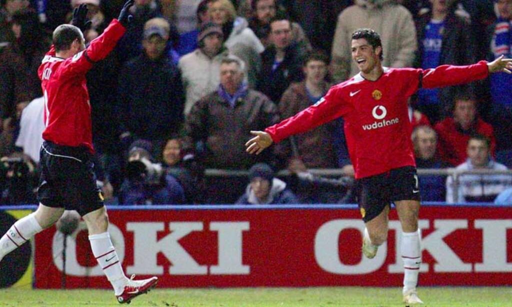 SOLID SEIER: Cristiano Ronaldo (t.h.) feirer sitt andre mål sammen med Wayne Rooney. Foto: Reuters/Scanpix