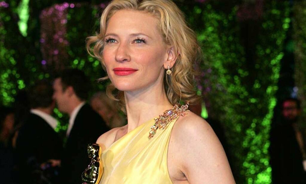 HURRICANE HEDDA: Cate Blanchett debuterer på den amerikanske teaterscenen i rollen som Ibsens Hedda Gabler. Foto: Reuters/Scanpix