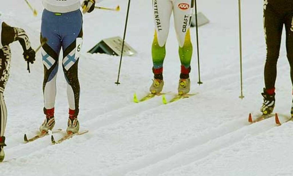 SAVNER STEMNING: Jens Arne Svartedal (t.v)føler at publikum i Holmenkollen er blitt mindre livlig. Foto: Scanpix