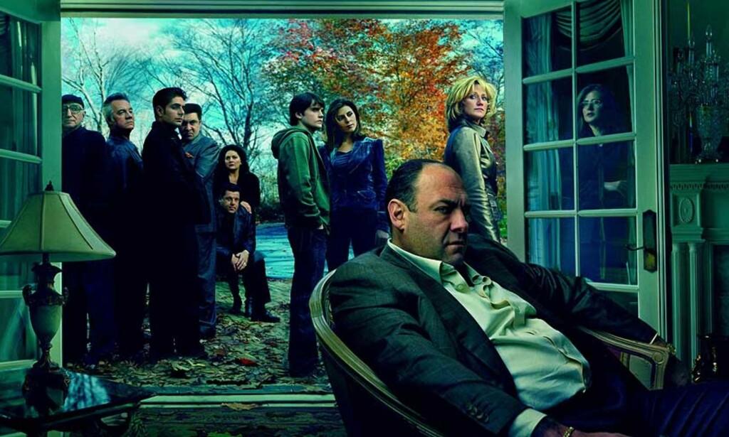 FANATISKE FANS: «Sopranos» er en svært populær serie blant nedlasterne. De nye episodene - som vises i USA nå - kommer ikke på NRK før til høsten. FOTO: HBO