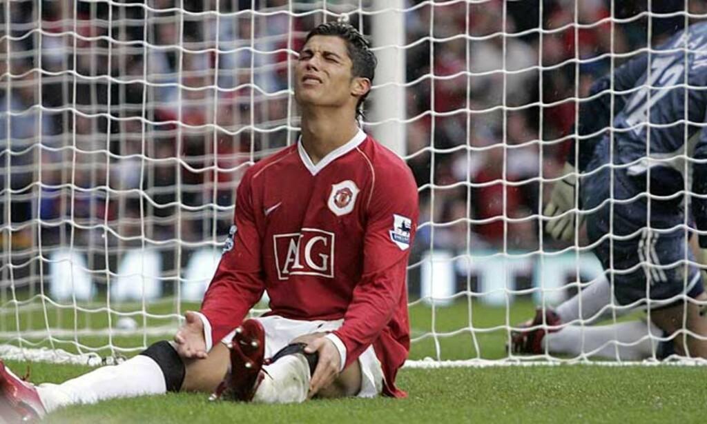 FRUSTRERT: Men Manchester Uniteds Cristiano Ronaldo vet hva han må gjøre for å stresse ned. Foto: PHIL NOBLE/REUTERS/SCANPIX