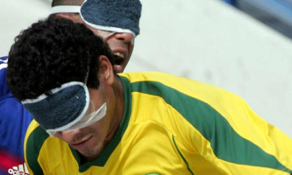 image: Hysj! Spillerne hører ballen nærme seg