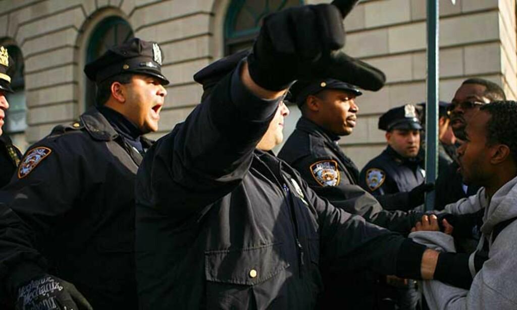 - RASISME: Politiet i New York anklages for rasisme. Alle foto: SCANPIX