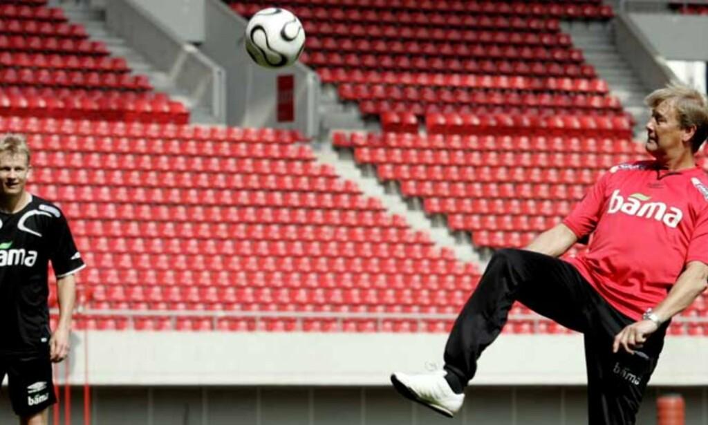 VIL HA FLERE TALENTER OPP: Landslagssjef Åge Hareide mener klubbene satser for lite på talenter. Foto: SCANPIX
