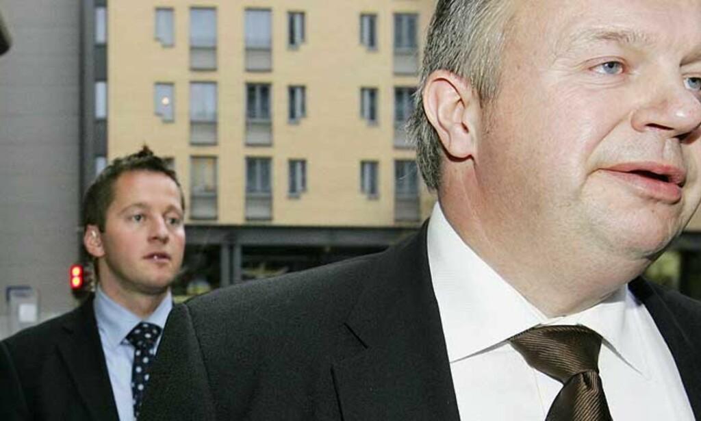VARSLER TILTAK: Arbeids- og inkluderingsminister Bjarne Håkon Hanssen vil se nærmere på oljeindustrien etter Dagbladet.nos avsløringer. Foto: SCANPIX
