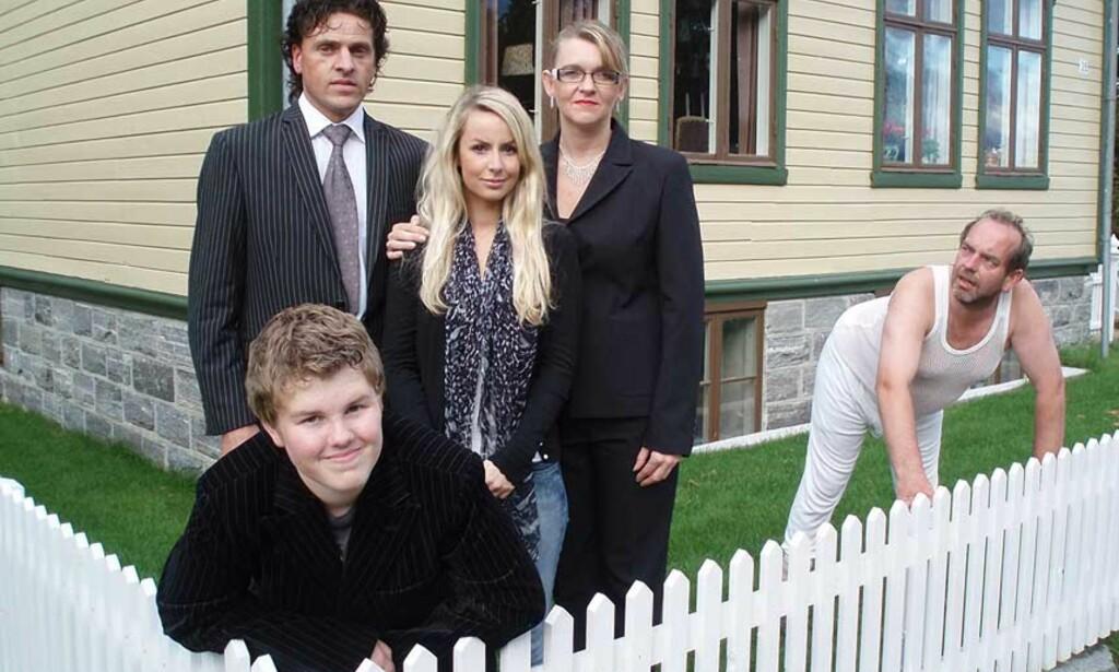 IDYLL? Den norske spillefilmen «Jakob - mannen som elsker Jack Nicholson» kostet ikke mer enn 20.000 kroner å lage. I morgen har den premiere i Molde. Foto: PROMO
