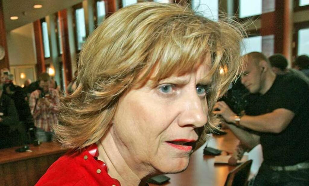 KJENNER SEG IKKE IGJEN: Gerd-Liv Valla ga i dag uttrykk for at hun ikke kjente seg igjen i beskyldningene fra avgåtte LO-sekretær Ingunn Yssen. Foto: Scanpix