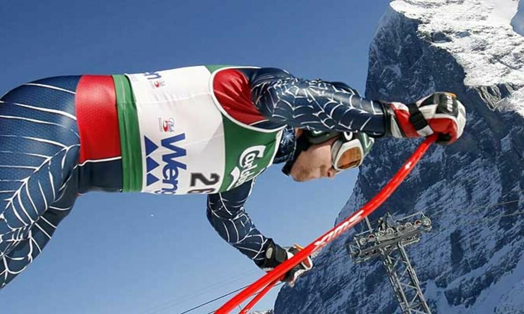 - GANSKE RÅ: Aksel Lund Svindal lot seg imponere av vinneren Bode Miller, som her starter dagens utfor. Foto: Reuters/Scanpix