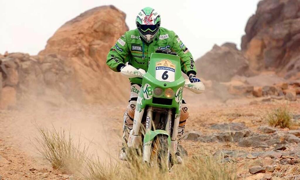 BEHOLDER FEMTEPLASSEN: Pål Anders Ullevålseter tapte terreng til de aller beste på dagens etappe, den tiende i Dakar-rallyet. Foto: Scanpix/Ap