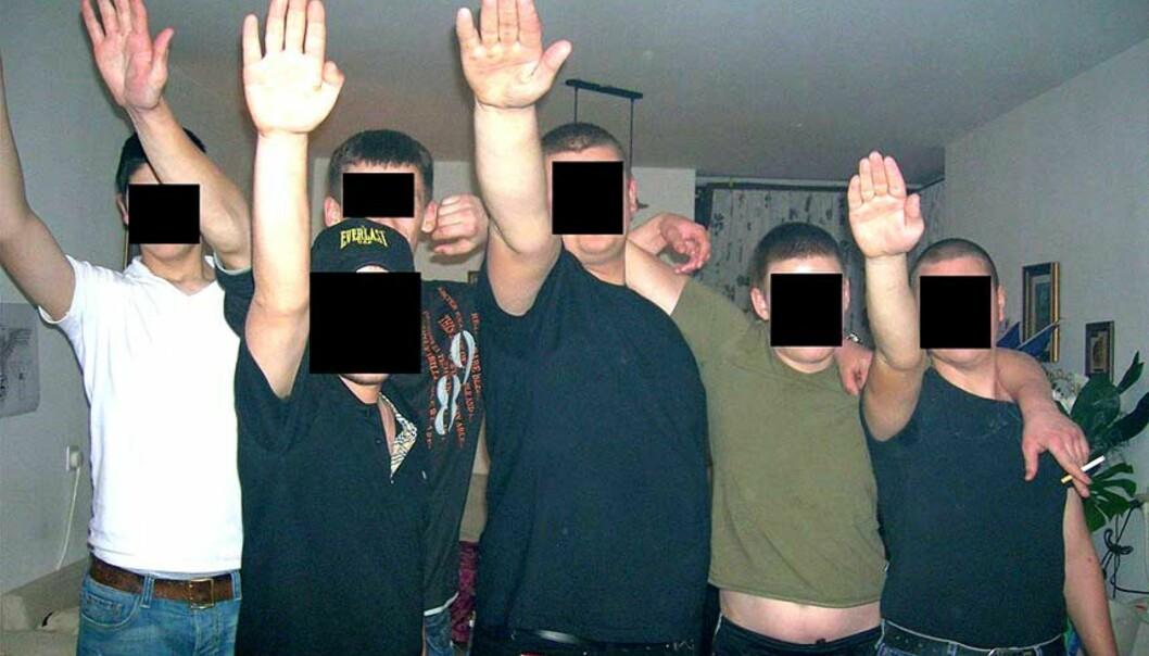 <strong><b>NYNAZISTER:</strong></b> Fenometet er slett ikke ukjent i Europa og USA. Derimot er nynazistiske grupperinger i Israel sjelden kost. Bildet har den israelske skinhead-gruppen tatt av seg selv. Foto: Scanpix