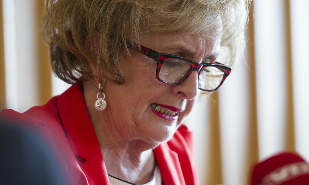 HOLDT PRESSEKONFERANSE: Trude Drevland holdt pressekonferanse  om situasjonen i fjor sommer. Foto: Marit Hommedal / NTB scanpix