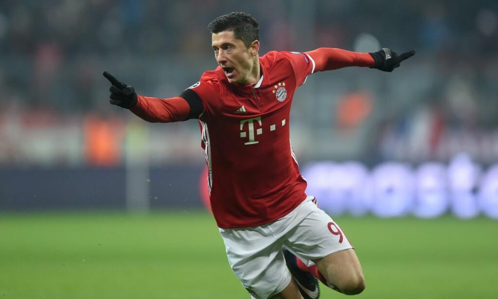 NUMMER 7: Robert Lewandowski i aksjon for Bayern München. Foto: AFP PHOTO / CHRISTOF STACHE