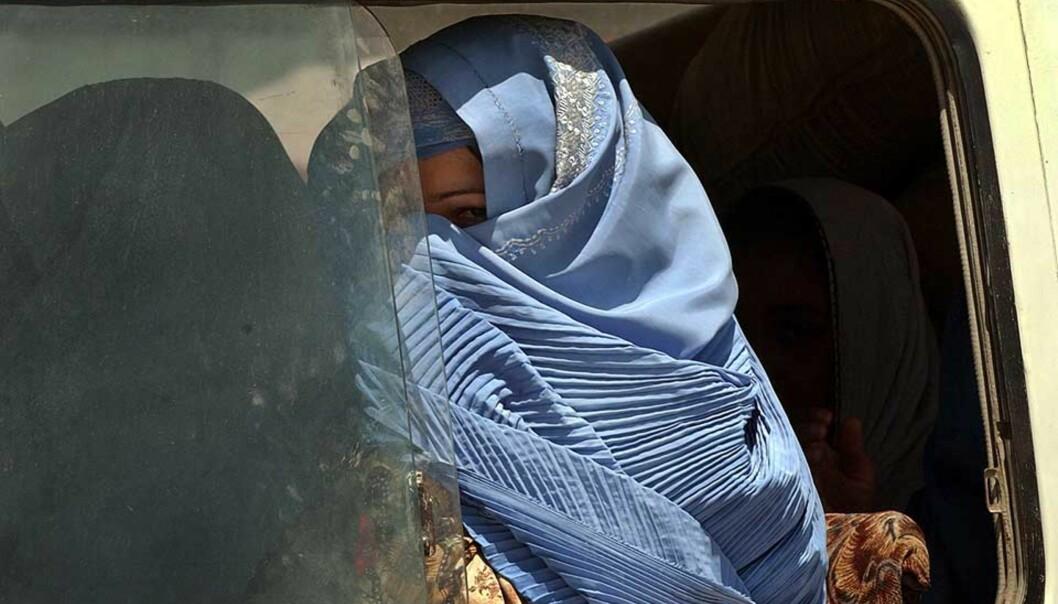 <strong><b>LIKE ILLE UTEN TALIBAN:</strong></b> Det voldsomme søkelyset på islam som fiende styrker ikke muslimske kvinners frihet og likestilling, skriver Dagbladets Marte Michelet. Foto: Musadeq Sadeq/AP/Scanpix
