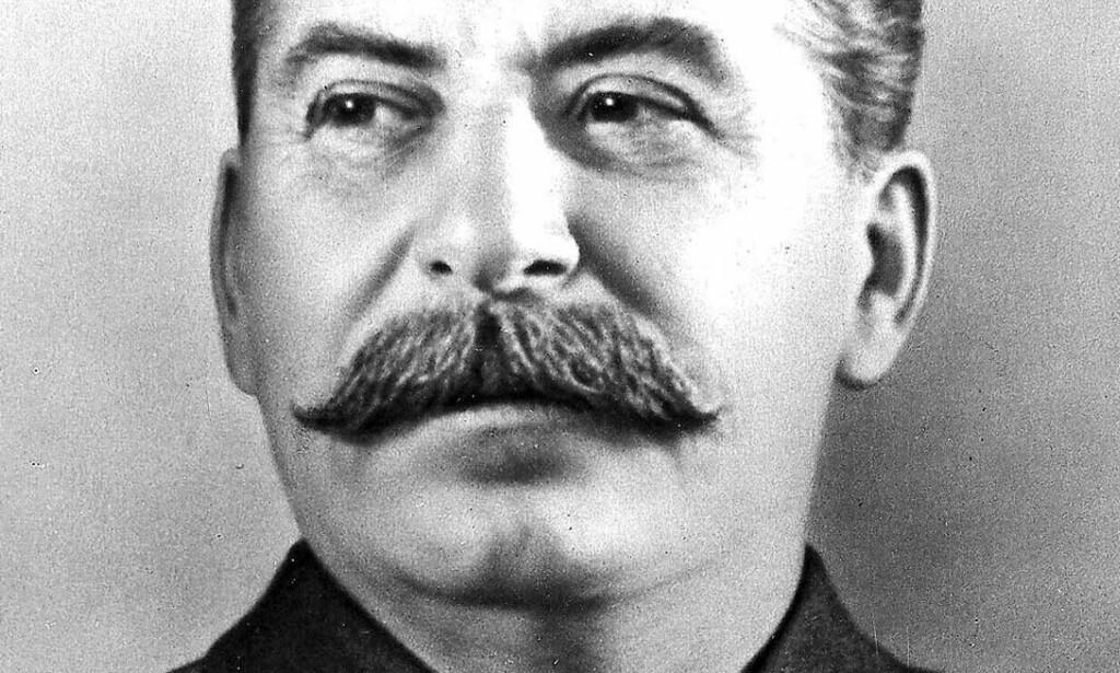 - PREGET AV BORGERLIG HISTORIESKRIVING: Tjen Folkets talsmann mener historiskriverne stadig underkjenner Stalins bedrifter, for eksempel satsning på tungindustrien. De mener han er en stor teoretiker, selv om han nok drepte litt for mange. Foto: SCANPIX