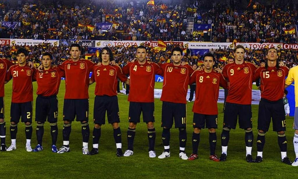 UNDERPRESTERER: Spanias landslag ser kun tilbake en fjerdeplass i VM, og EM-seier i 1964, til tross for at landet har fostret mange storspillere opp gjennom årene. Foto: Reuters