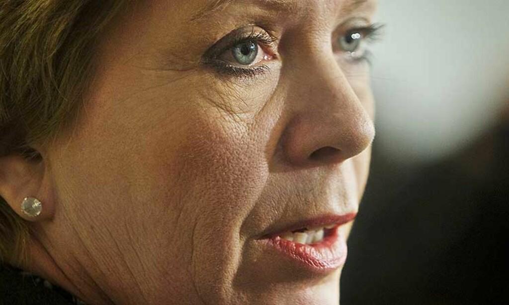 BYGGER I HYTT OG VÆR: Ulovlig brygge stabbur og utleie av sistnevnte er bare noe av kontroversene partileder og statsråd Åslaug Haga er blandet inn i de siste årene. Foto: Scanpix