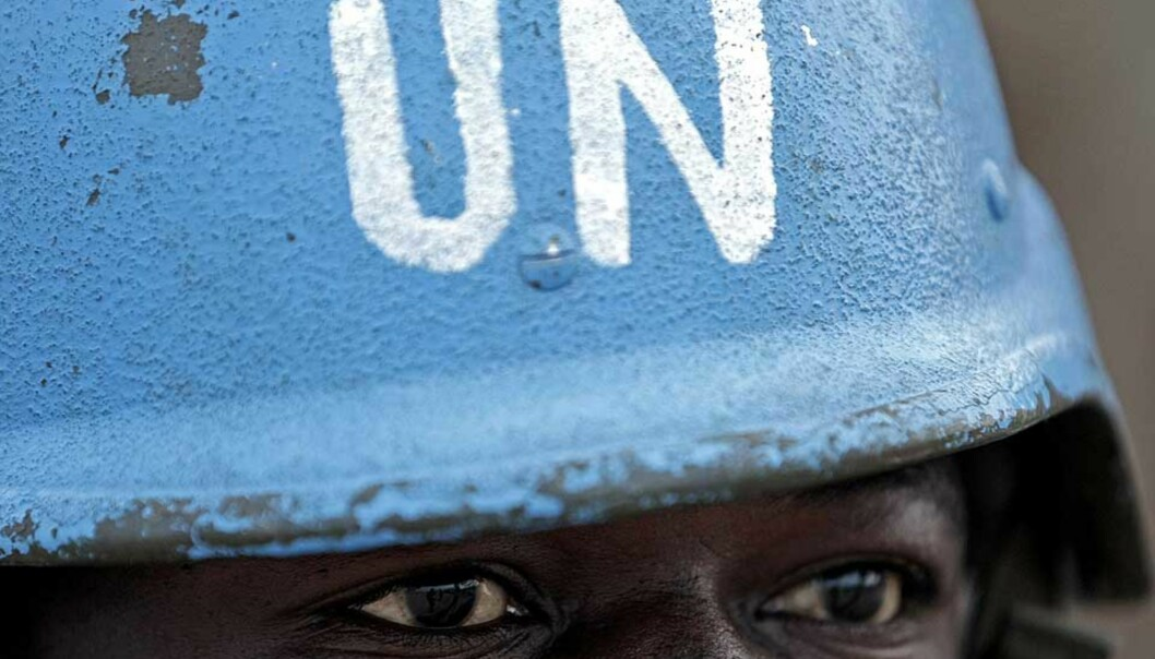 <b>TREKKER UT:</b> FN trekker ut styrker på grunn av sikkerhetssituasjonen i Darfur. Foto: SCANPIX/AFP/STUART PRICE