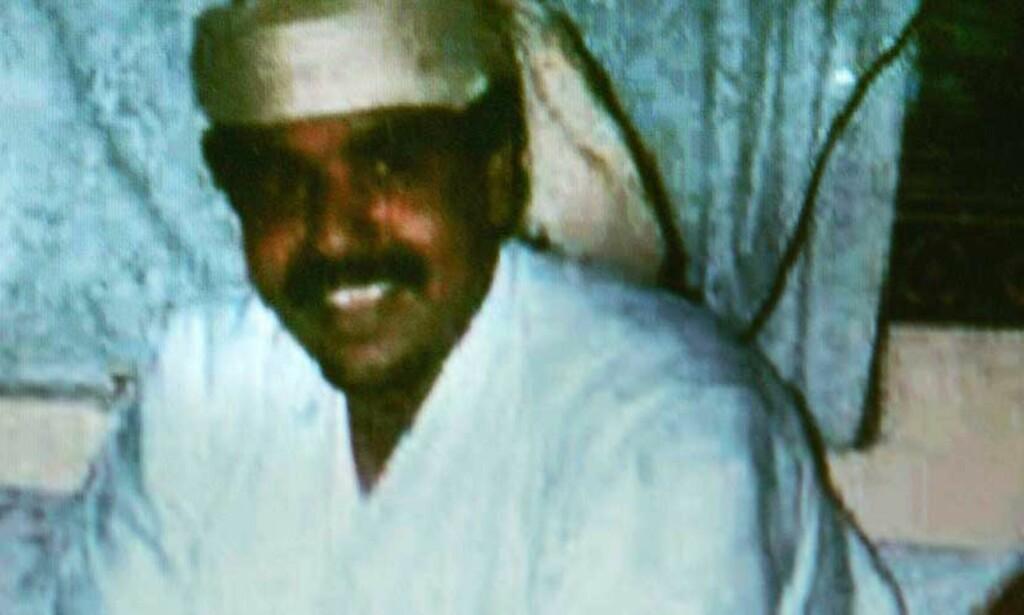 SKYLDIG: Salim Hamdan ble onsdag dømt for materiell støtte til terror ved den amerikanske militærbasen på Guantanamo. Dette bildet er tatt av den tidligere sjåføren til Osama bin Laden i hjemlandet Jemen i 2000. Foto: AFP PHOTO/Hamdan Defense Counsel/