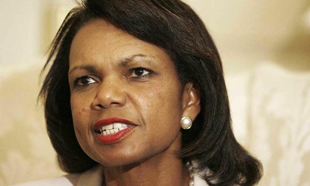KLART UT MOT RUSSLAND: USAs utenriksminister Condoleezza Rice ber Russland trekke soldatene sine ut av Georgia og stanse luftangrepene i Sør-Ossetia. Foto: CHARLES DHARAPAK/AP/SCANPIX