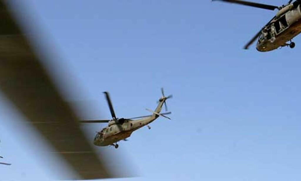 image: To amerikanske helikoptre kolliderte i Irak