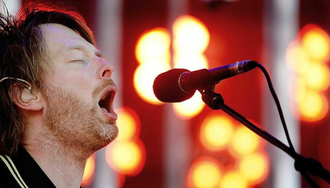 <strong><b>TIDLIG UTE:</strong></b> Thom Yorke og Radiohead var tidlig ute med å utfordre de tradisjonelle plateselskapene. Nå følger flere etter. Foto: AFP / RICK NEDERSTIGT