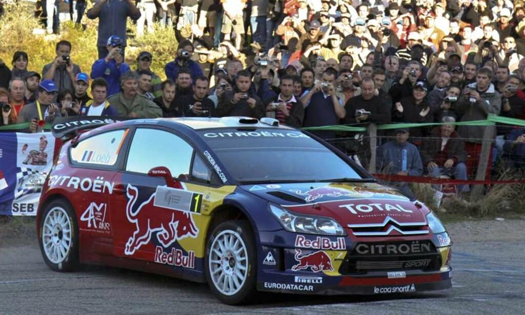 SUVEREN: Sebastien Loeb tok en ny seier i Rally Korsika, og er på god vei mot sin femte strake VM-tittel. Foto: AP/SCANPIX