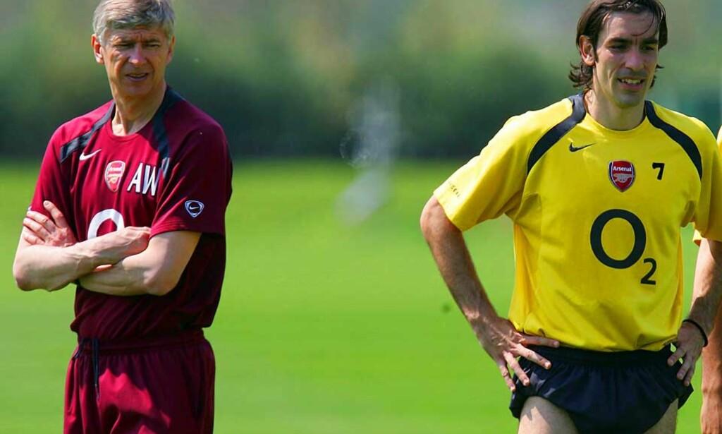 BEKJENT: Robert Pires (t.h) og Arsene Wenger sammen på Arsenal-trening i 2006. Foto: Scanpix