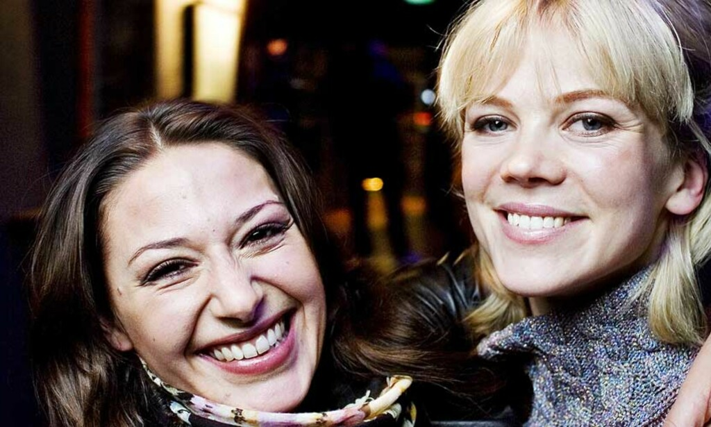 NRK-PROFILER: Pia Tjelta og Ane Dahl Torp spiller begge i «Kodenavn Hunter», som blir NRKs nye kort i kampen om fredagskvelden. Foto: SVEINUNG UDDU YSTAD