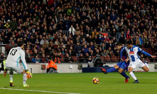 UTSØKT: Suárez gjorde alt rett da han scoret 1-0-målet mot Espanyol. Foto: Scanpix