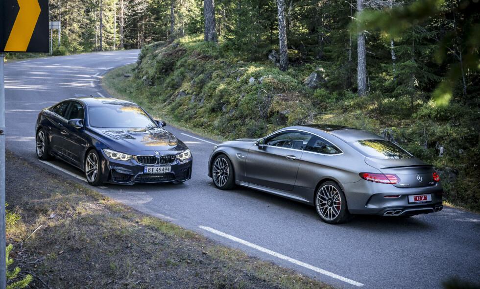 SLÅSSKAMPEN: Du runder millionen før du får slått kloa i enten BMW M4 (t.v) eller Mercedes-Benz C63S Coupe, men hvilken skal du går for om du skal ha en slik råtass? Vi har testet dem mot hverandre. Det ble en heftig duell. Alle foto: Jamieson Pothecary