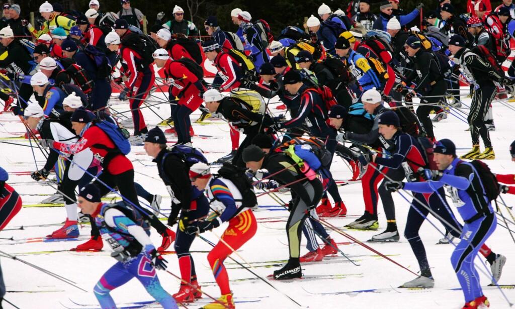 Utholdenhetstrening: Gunstig for de fleste - øker hjerterisikoen for noen. Birkebeinerrennet 2006. Her starter ca 12 000 skiløpere i Birkebeinerrennet. FOTO: OLAV OLSEN
