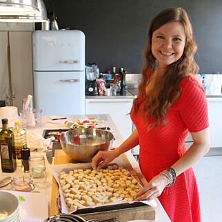 VEGANMISJONÆR: Jane Johansen og matbloggen Veganmisjonen opplever medvind. -Folks holdninger til veganmat endres raskt,k sier hun. foto: Veganmisjonen