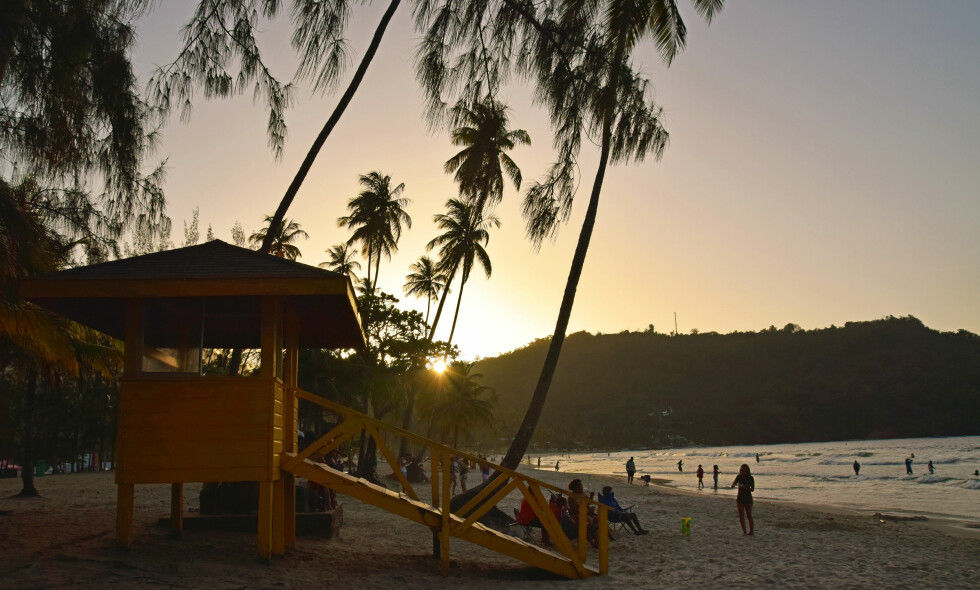 TRINIDADS FINESTE: Maracas Bay er Trinidads  neste strand, og ligger rundt 40 minutter unna hovedstaden Port of Spain. Foto: Mari Bareksten