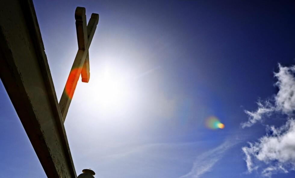 TO TING: Religion hjelper mennesker med to ting: å orientere seg og å peke på muligheter for og retning på endring, skriver kronikkforfatteren. Foto: Jan Djenner / NTB Scanpix