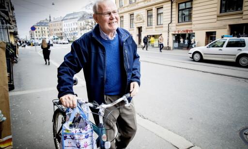 FORTSATT AKTIV: Scheie kommer seg ut i aktivitet hver morgen. Her fra en sykkeltur tidligere i år. Foto: Bjørn Langsem / Dagbladet