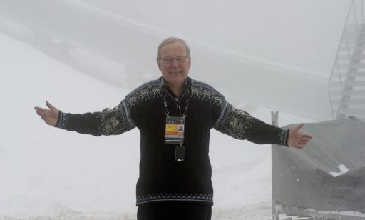 HJEM FRA TÅKA: Scheie elsket å kommentere hopp, men savner ikke lenger reisingen. Foto: Øistein Norum Monsen/DAGBLADET.
