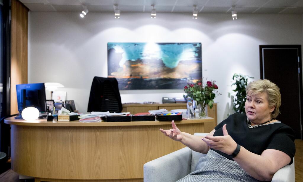 STATSMINISTER: Erna Solberg sier at det er uaktuelt for Høyre å sitte i en regjering som ikke mener at klimaendringene er menneskeskapte. Foto: Bjørn Langsem / DAGBLADET