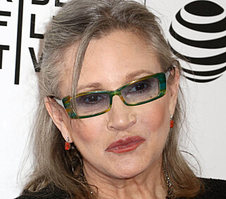 BLE 60 ÅR: I tillegg til å være skuespiller var Carrie Fisher en ettertraktet manusdoktor i Hollywood, romanforfatter og forkjemper for åpenhet rundt mental helse. FOTO: Pa Photos / NTB Scanpix