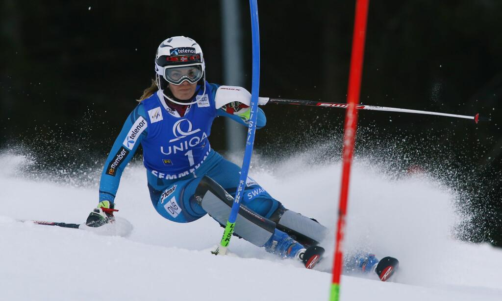 JAKTER SEIER: Nina Løseth under dagens slalåmrenn. Foto: NTB Scanpix