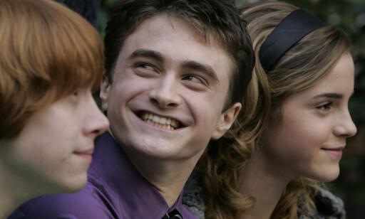 SMILER: Daniel Radcliffe angrer neppe på at han takket ja til rollen som Harry Potter.
